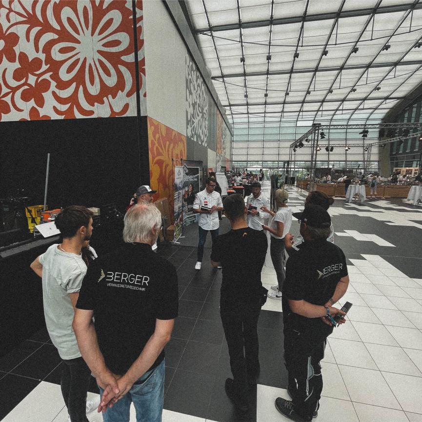 Spoon Fellas Live-Stream Koch des Jahres Bonn Teambesprechung