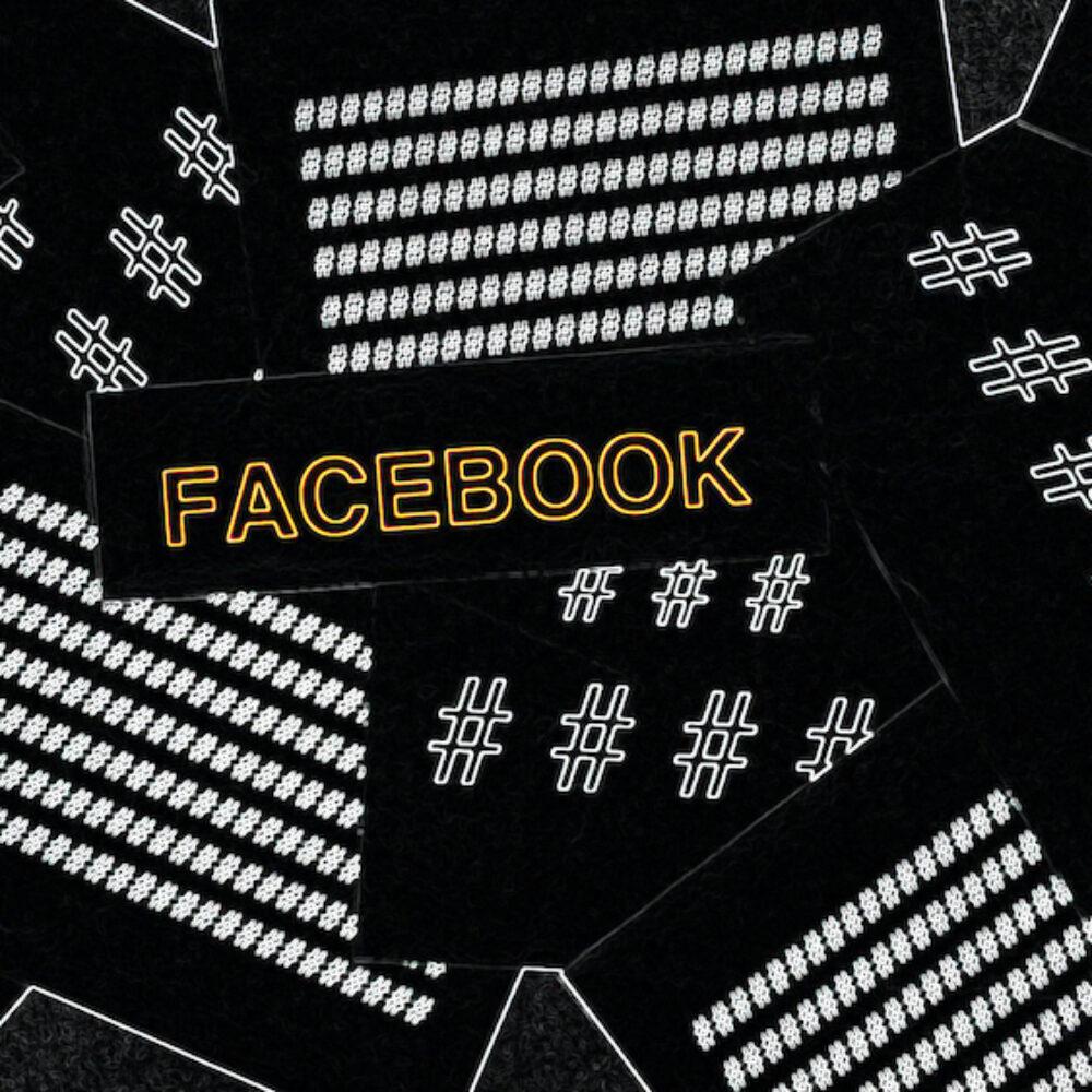 Sticker mit Hashtags und Facebook Schriftzug