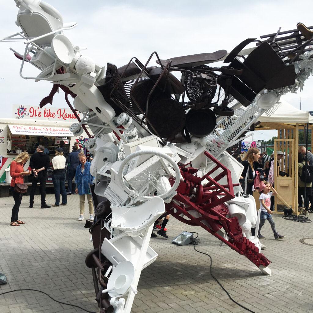 Hafengeschichten Blogfoto Transformer-Mu%CC%88ll Millerntor Gallery