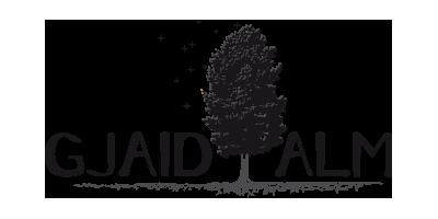 Logo der Gjaid Alm mit Baum