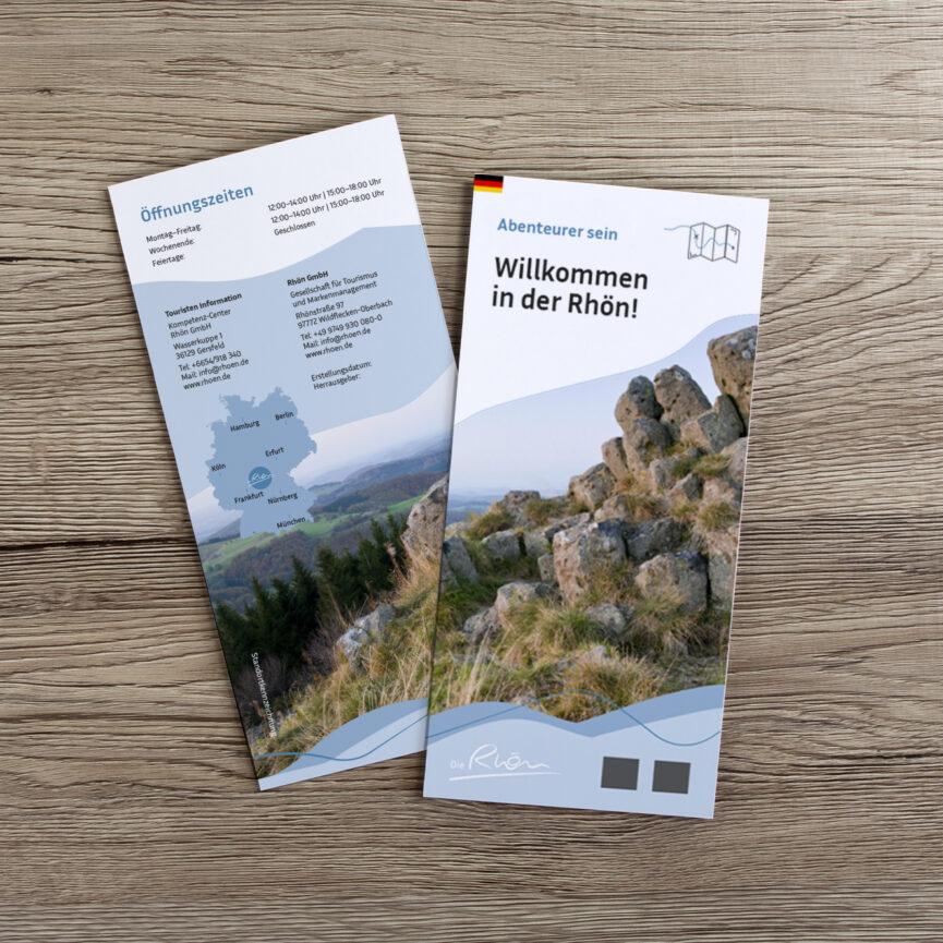 Rhön GmbH Corporate Design Überarbeitung Flyer auf Holz