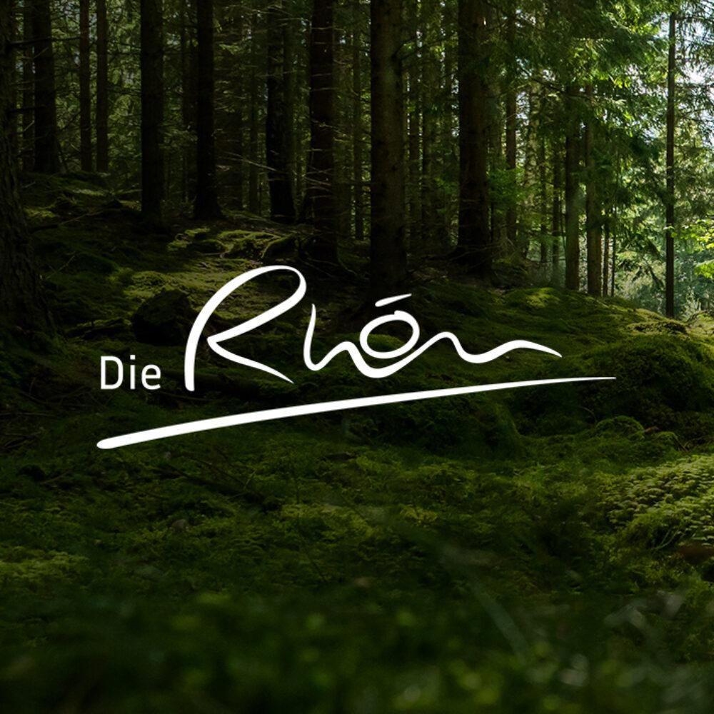 Rhön GmbH Corporate Design Überarbeitung Logo auf Waldboden