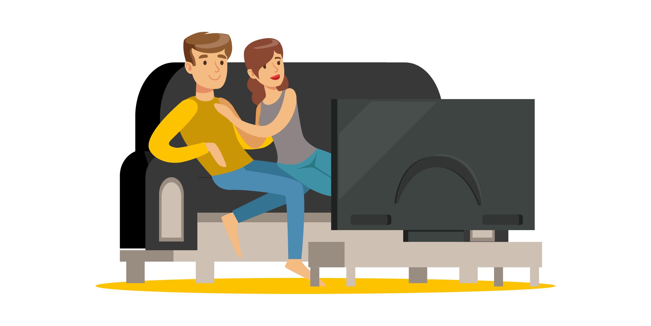 Pärchen auf Sofa vor dem Fernseher