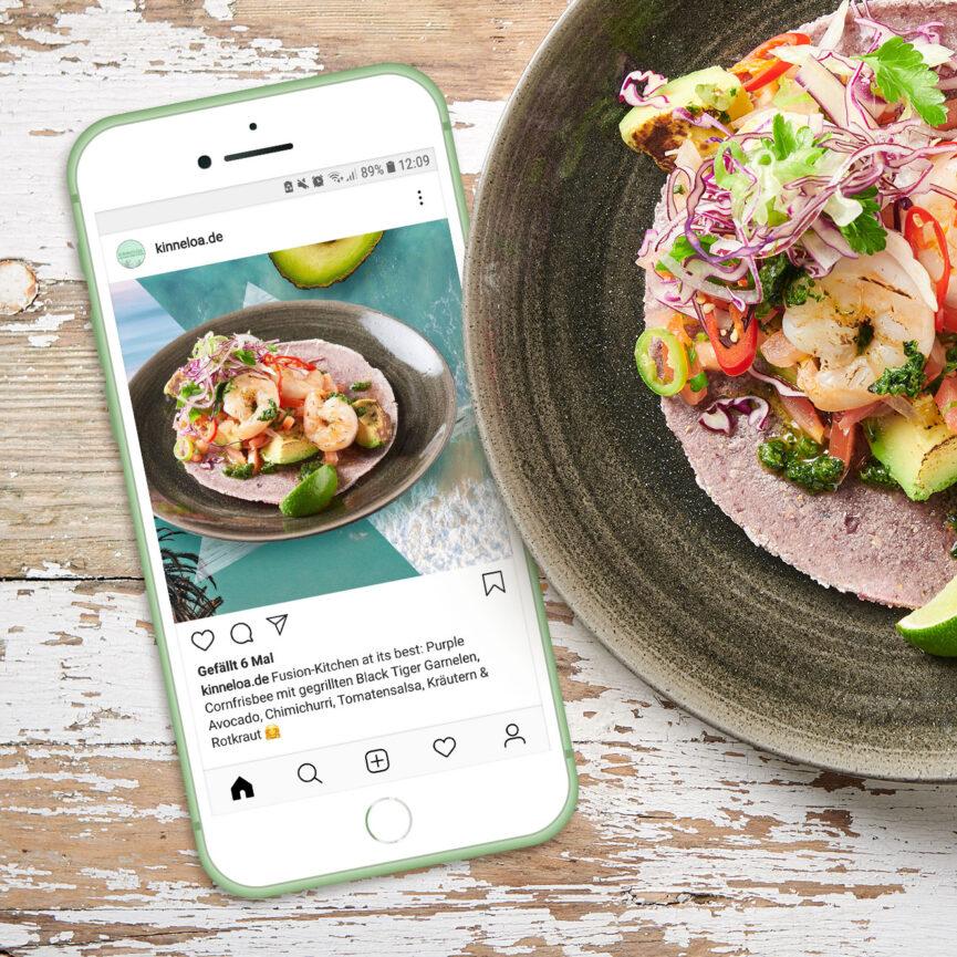iPhone mit KINNELOA Instagram Post Food