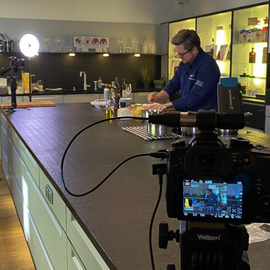 Posthotel Alexander Herrmann Videoproduktion Kamera während der Produktion