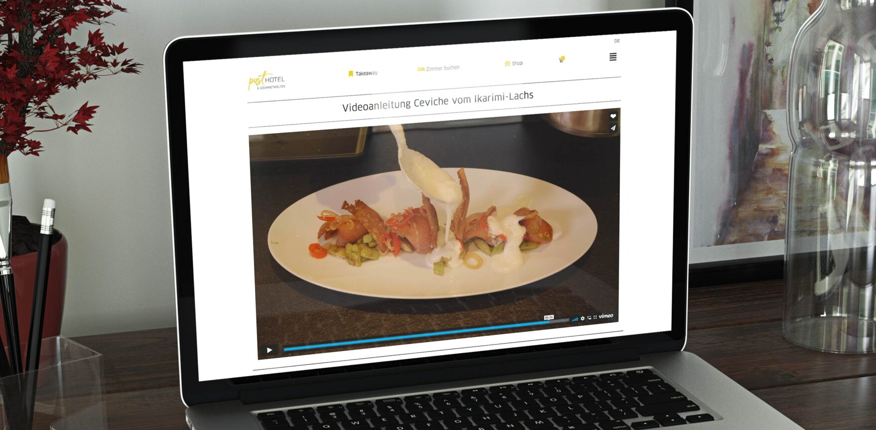 Posthotel Alexander Herrmann Videoproduktion Video zur Vorspeise auf Laptopbildschirm
